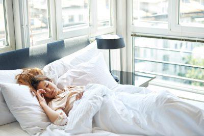 睡眠をしっかり取る事で免疫力アップし肌荒れを改善