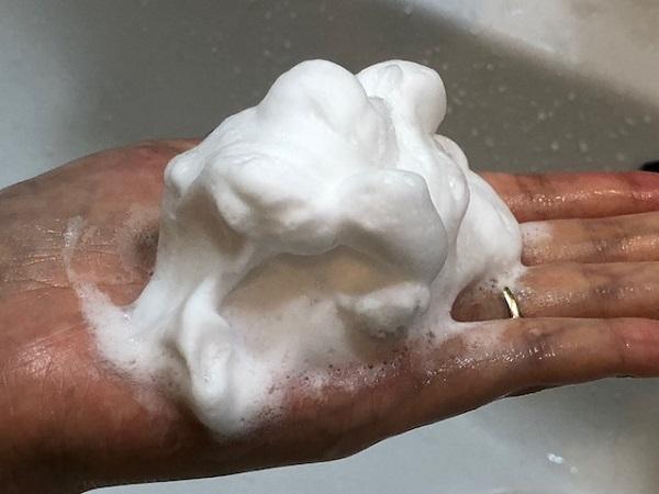 ロゼット 洗顔パスタ エイジクリアの良いところと惜しいところ