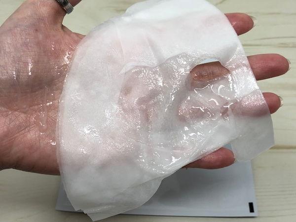 酸性角質ケアフェイスマスクの使用感は?